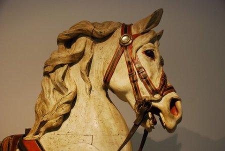 carousel horse-w